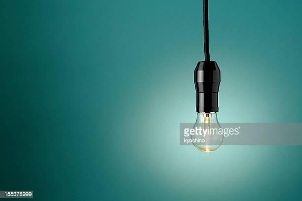 Beleuchtete LED Glühbirne mit Textfreiraum