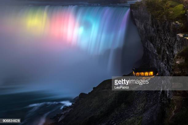 illuminated niagara falls at night - canada - north america - niagara falls stock pictures, royalty-free photos & images