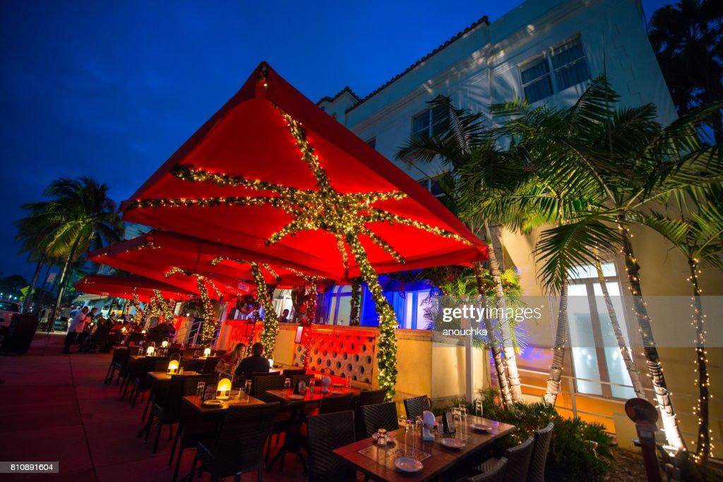 Illuminated Restaurants On Famous Ocean Drive South Beach People The Street Stock