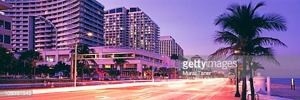 illuminated street scene - fort lauderdale stock pictures, royalty-free photos & images