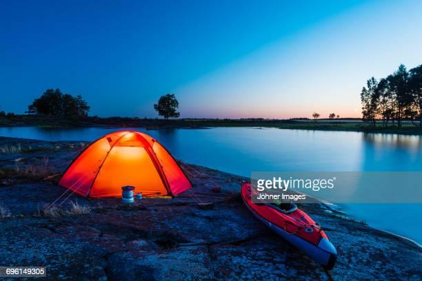 illuminated tent at sea - arquipélago - fotografias e filmes do acervo