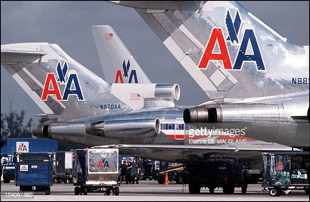 Illustration American Airlines In Miami United States In 2001 Boeing B727