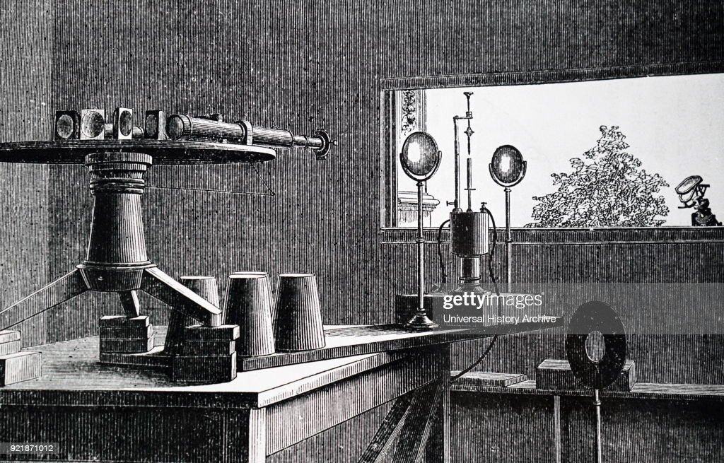 Norman Lockyer's solar spectrograph. : News Photo