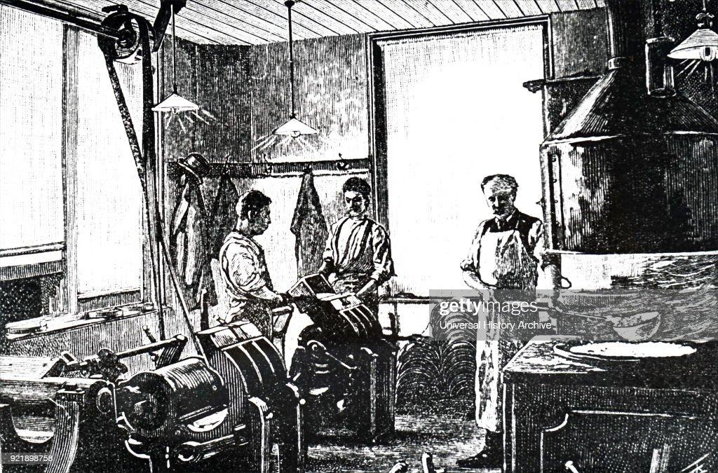 The Victorian Press. : News Photo