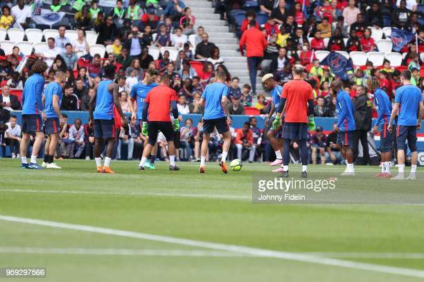 Illustration Group during the training session of Paris Saint Germain at Parc des Princes on May 16 2018 in Paris France