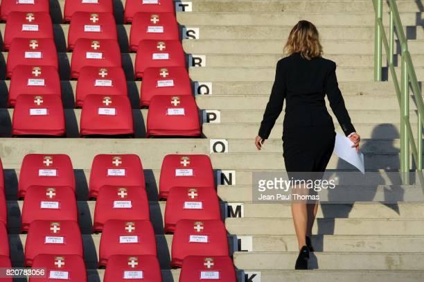 Illustration hotesse Evian Thonon / Nimes 29e journee Ligue 2