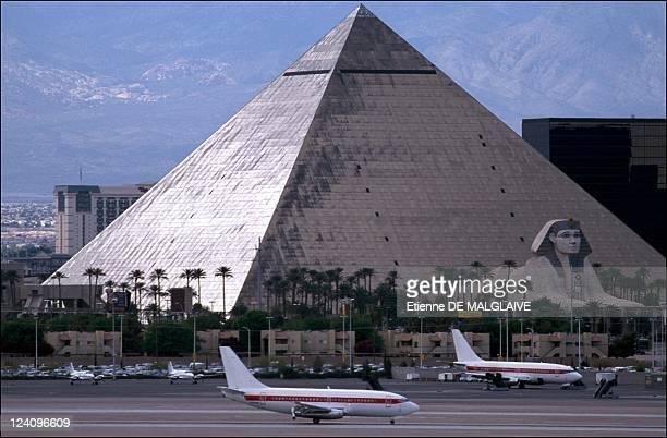 Illustration Las Vegas Mc Carran airport In Las Vegas United States In 2001 Luxor Hotel