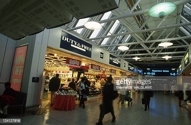 Illustration London Heathrow airport in London United Kingdom In January 1998 Duty free shop