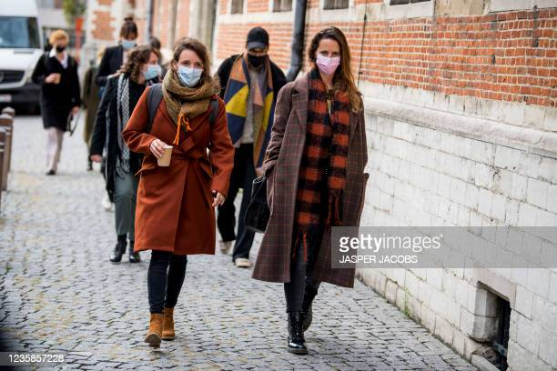 Illustration picture shows females arricing at a session of the Criminal Court in Mechelen in the trial of television producer Bart De Pauw, accused...