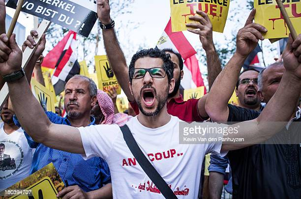 Illustration picture shows pro Morsi protesters in Brussels, 23rd august 2013. Hundreds gathered near the European Commission's headquarters to...