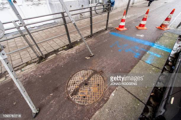 Illustration picture shows the site of a spectacular bank robbery, at a BNP Paribas Fortis bank branch, in the center of Antwerp, Monday 04 February...