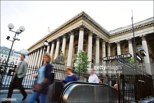Illustration stock exchange of Paris In France On June 26 2002
