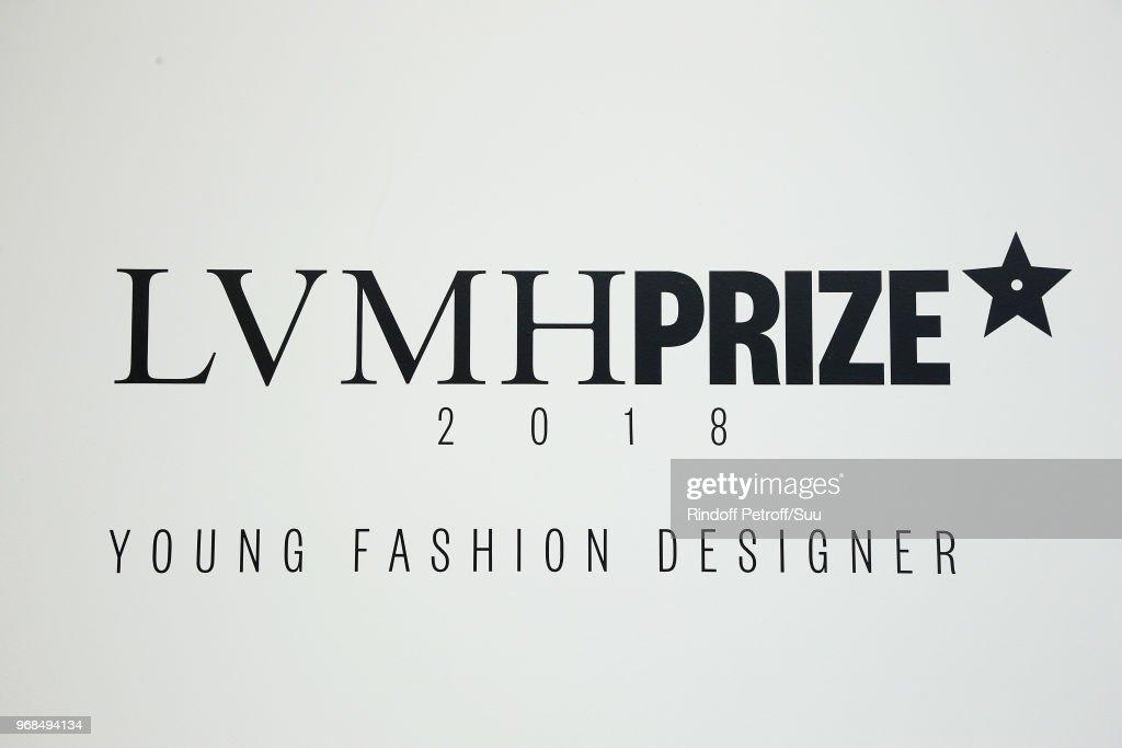 LVMH Prize 2018 Edition At Louis Vuitton Foundation In Paris : ニュース写真