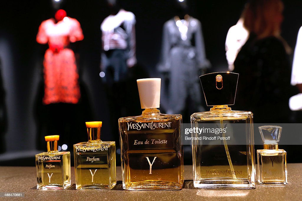 Yves Saint Laurent New Perfume Launch Party : ニュース写真