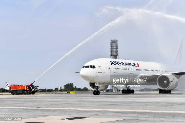 Illustration Water Salute by fireman during the arrival at Airport Roissy Charles de Gaulle on July 16 2018 in Paris France