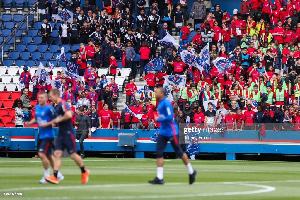Illustrations Fans Kids of PSG during the training session of Paris Saint Germain at Parc des Princes on May 16, 2018 in Paris, France.