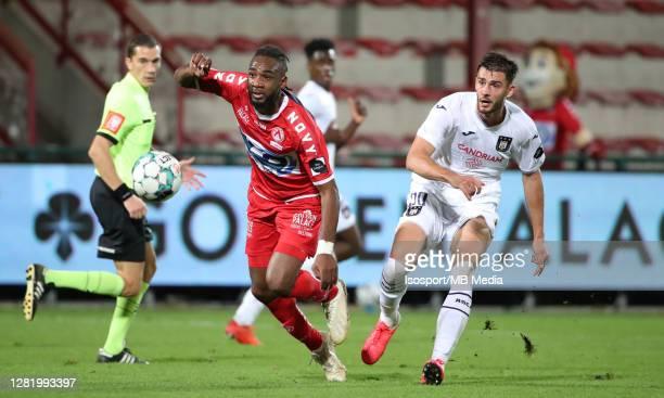 Ilombe Mboyo of KV Kortrijk battles for the ball with Matt Miazga of Anderlecht during the Jupiler Pro League match between KV Kortrijk and RSC...