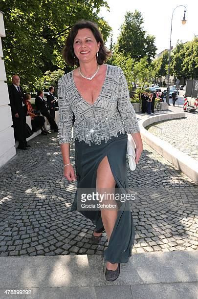 Ilse Aigner during the premiere of the opera 'Pelleas et Melisande' at Prinzregententheater on June 28, 2015 in Munich, Germany.