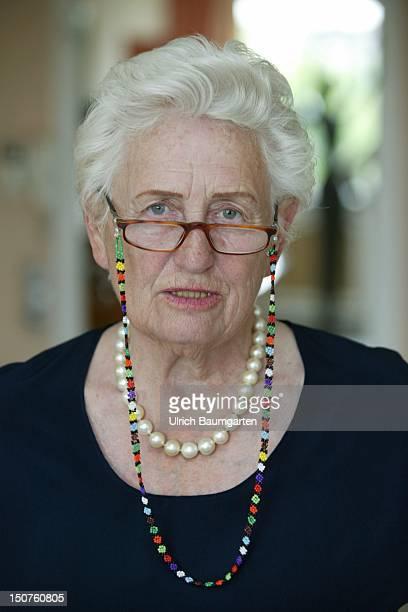 Ilse Schwarzhaupt, German patron.