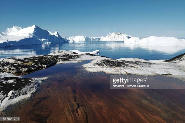 ilulissat kangia icefjord icebergs - ilulissat stock-fotos und bilder