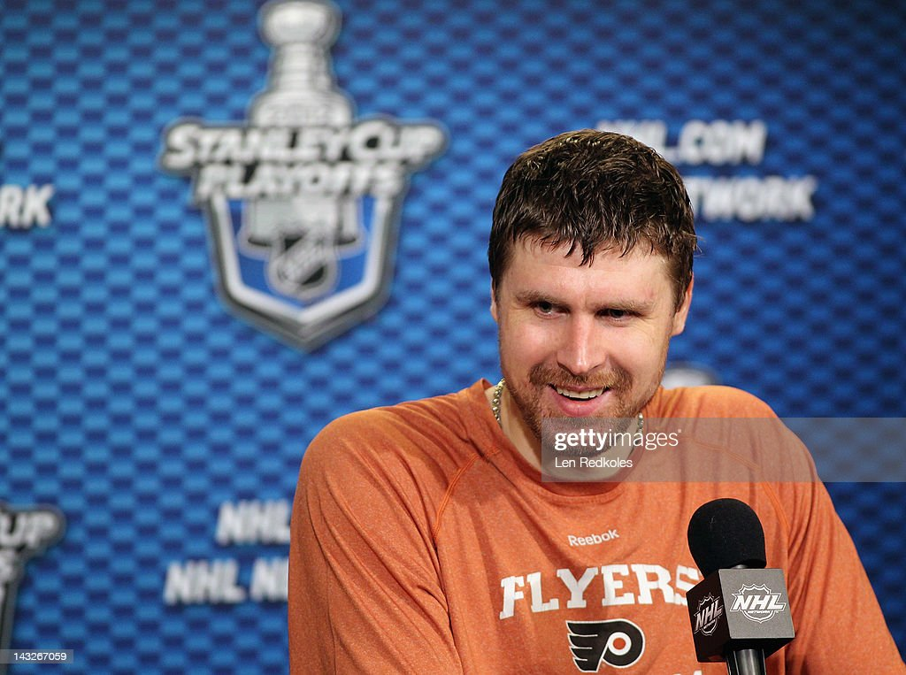 Ilya Bryzgalov #30 of the Philadelphia Flyers speaks to the media after defeating the Pittsburgh Penguins 5-1 in Game Six of the Eastern Conference Quarterfinals to advance to the next round during the 2012 NHL Stanley Cup Playoffs on April 22, 2012 at the Wells Fargo Center in Philadelphia, Pennsylvania.