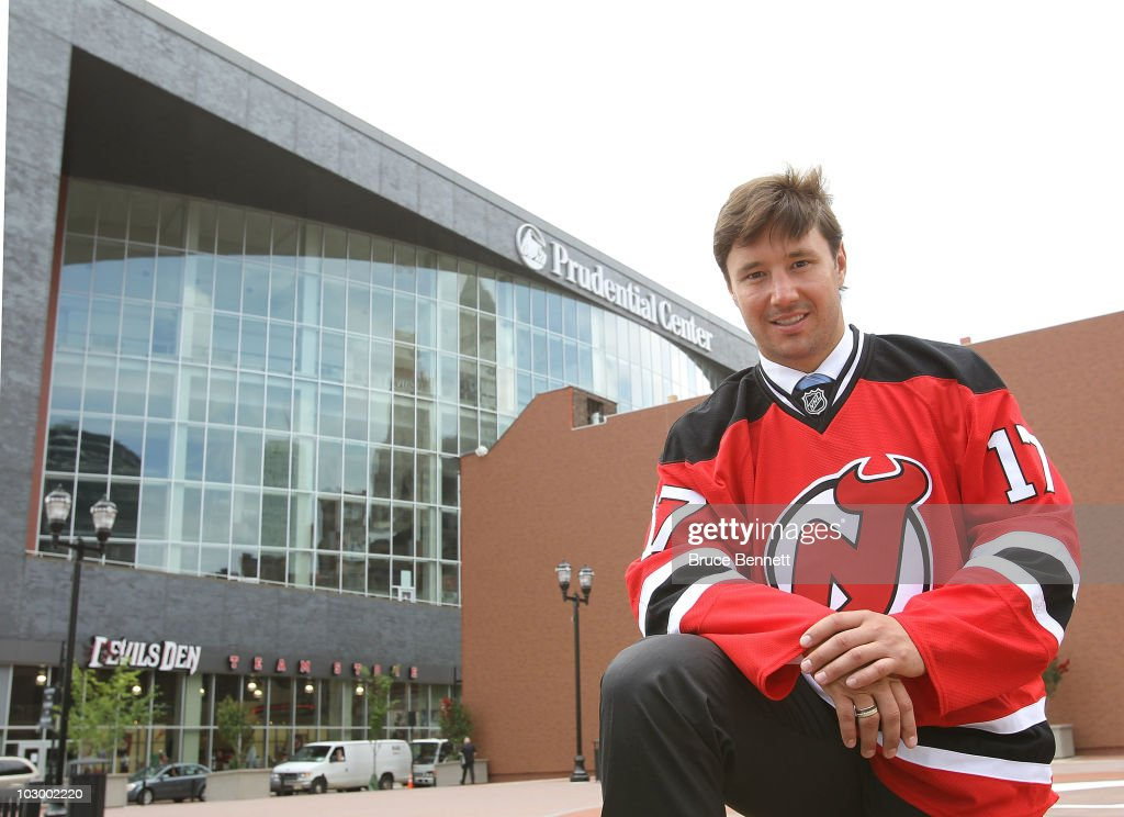 New Jersey Devils Re-Sign Ilya Kovalchuk : News Photo