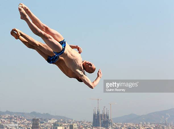 Ilya Zakharov and Evgeny Kuznetsov of Russia compete in the Men's 3m Synchro Springboard Diving preliminary round on day four of the 15th FINA World...