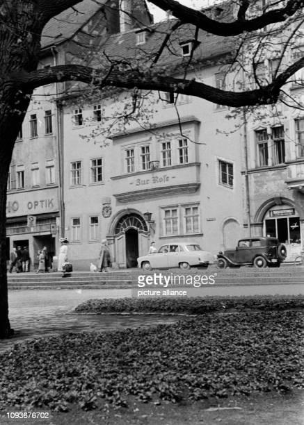 Im September 1958 begeht die Universität Jena ihr 400jähriges Jubiläum Anlässlich der Feierlichkeiten entstanden verschiedene Aufnahmen der...