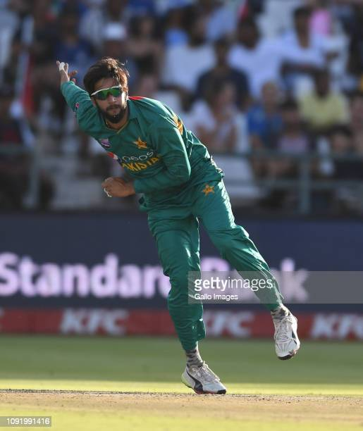 Imad Wasim of Pakistan during the 1st KFC T20 International match between South Africa and Pakistan at PPC Newlands Stadium on February 2019 in Cape...