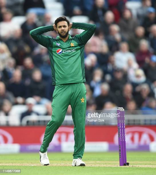 Imad Wasim of Pakistan reacts after Fakhar Zaman drops Jason Roy of England during the 4th Royal London ODI match between England and Pakistan at...