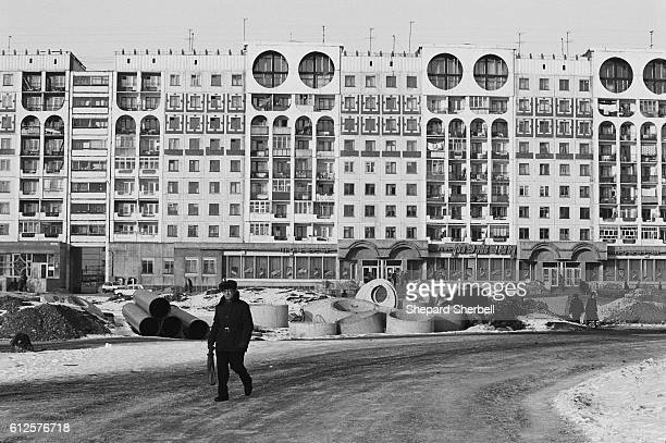 Image from the book Soviets Pictures from the End of the USSR by Shepard Sherbell