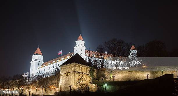 CONTENT] Image of Bratislava castle at night