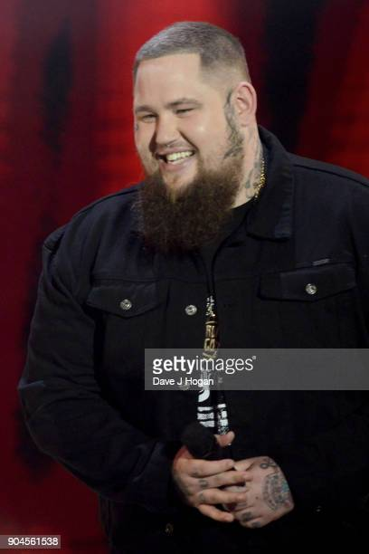 Images from this event are only to be used in relation to this event Rag ÕnÕ Bone Man presents the CriticsÕ Choice Award at the BRIT Awards 2018...