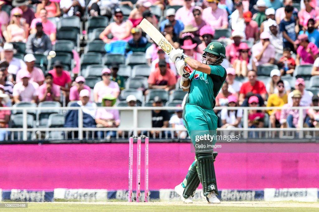 South Africa v Pakistan - 4th Momentum One Day International : News Photo