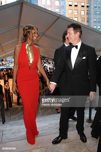 Iman and David Bowie attend The 2007 CFDA Fashion Awards at The New York Public Library on June 4 2007 in New York City