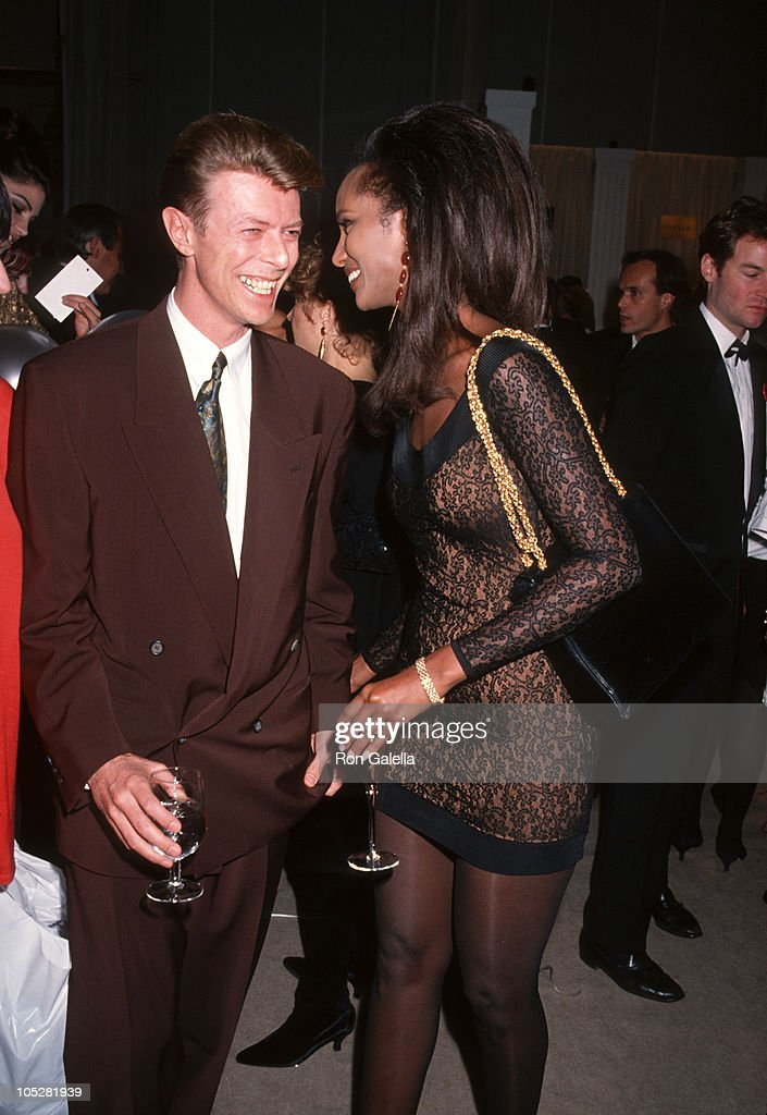 """""""7th On Sale"""" To Benefit AIDS Research - November 29, 1990 : News Photo"""
