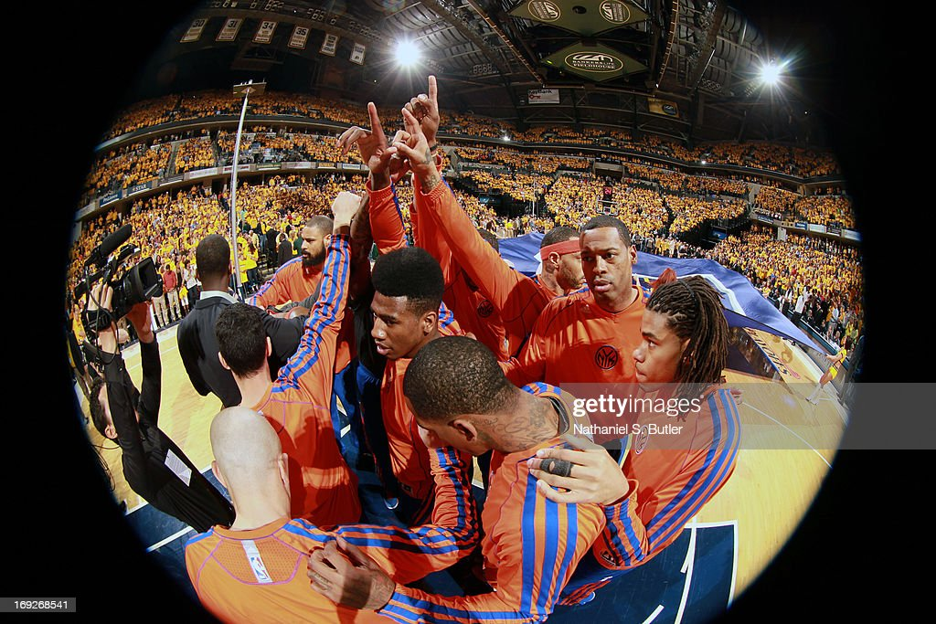Iman Shumpert #21 and the New York Knicks huddle up before the game against the Indiana Pacers in Game Three of the Eastern Conference Semifinals during the 2013 NBA Playoffs on May 11, 2013 at the Bankers Life Fieldhouse in Indianapolis.