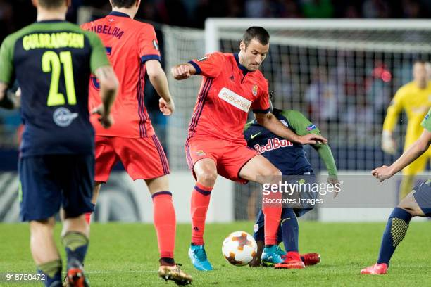 Imanol Agirretxe of Real Sociedad Diadie Samassekou of Red Bull Salzburg during the UEFA Europa League match between Real Sociedad v Salzburg at the...