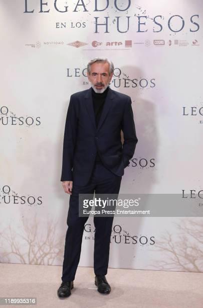 Imanol Arias attends the 'Legado en los huesos' photocall at Hotel Urso on November 25 2019 in Madrid Spain