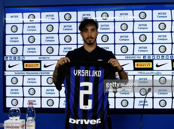 Internazionale Unveils New Signing Sime Vrsaljko Photos and ...