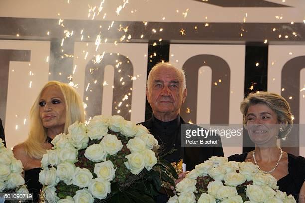 Imina Bukova Armin MuellerStahl Donatella Versace CharityVeranstaltung 18 UnescoBenefizGala 2010 für Kinder in Not Hotel Maritim Düsseldorf...