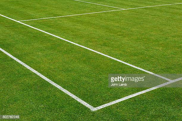 immaculate lawn - grass court stock pictures, royalty-free photos & images