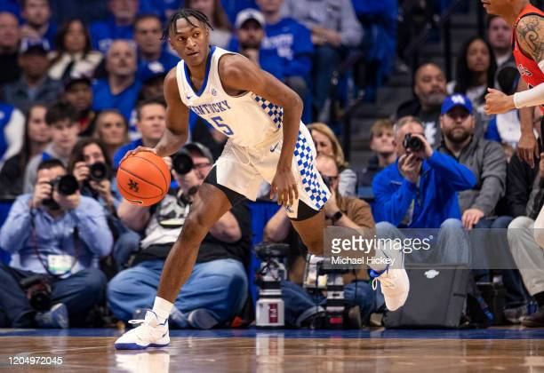 Immanuel Quickley of the Kentucky Wildcats dribbles the ball during the game against the Auburn Tigers at Rupp Arena on February 29, 2020 in...