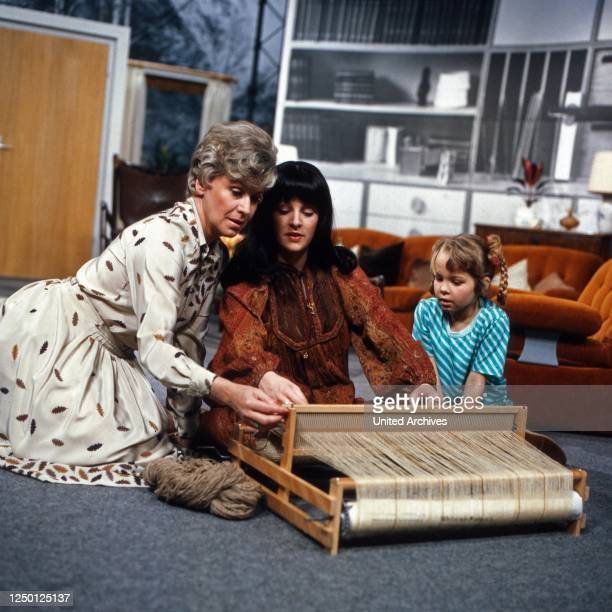 Immer dieses Fernsehen..., Erziehungsratgeber, Deutschland 1983, Darsteller: Waltraud Haas , Angelika Reissner, Patricia Fitzgerald.