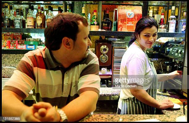 Immigrants to London Portugese community Eric and Luisa Santos Beira Douro tapas bar Stockwell 22nd September 2004