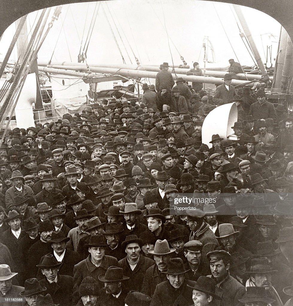 Shipboard Immigrants En Route To Ellis Island : News Photo