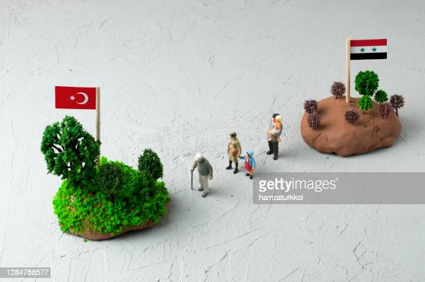 immigration from syria to turkey - emigration and immigration stock pictures, royalty-free photos & images