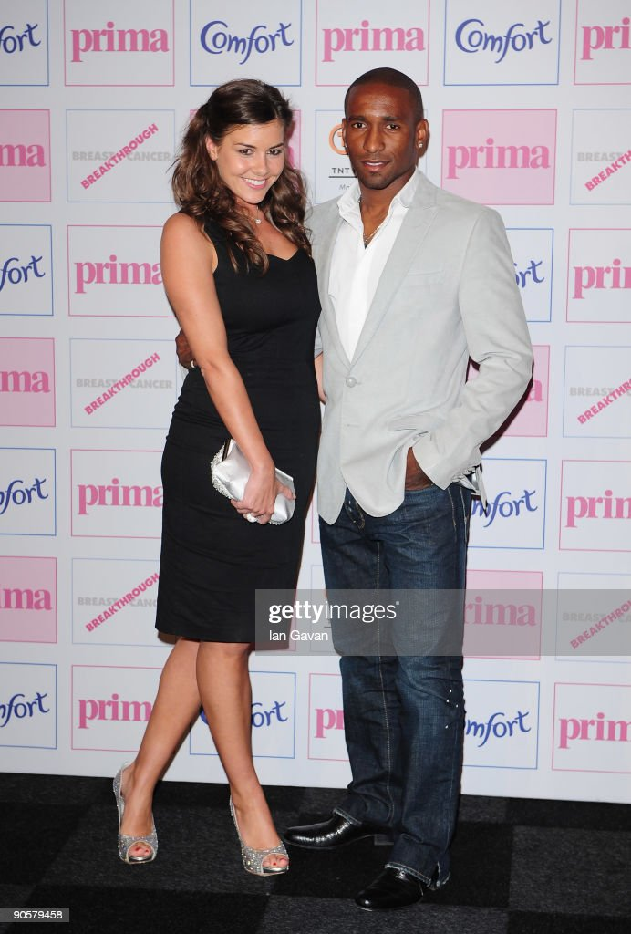 Imogen Thomas and Jermain Defoe attend the Comfort Prima High Street Fashion Awards at Battersea Evolution on September 10, 2009 in London, England.