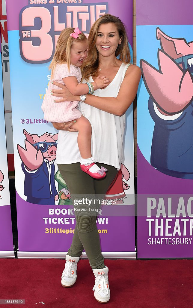 """""""The Three Little Pigs"""" - VIP Performance - Pink Carpet Arrivals"""