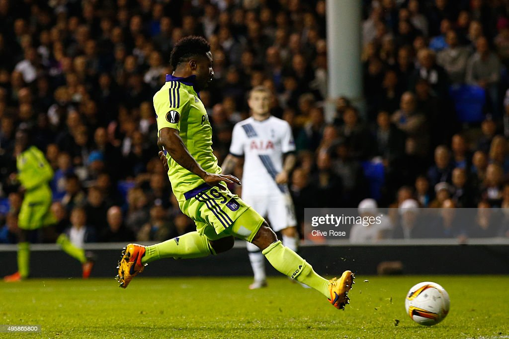Imoh Ezekiel of Anderlecht scores a goal to level the scores at 1-1 during the UEFA Europa League Group J match between Tottenham Hotspur FC and RSC Anderlecht at White Hart Lane on November 5, 2015 in London, United Kingdom.